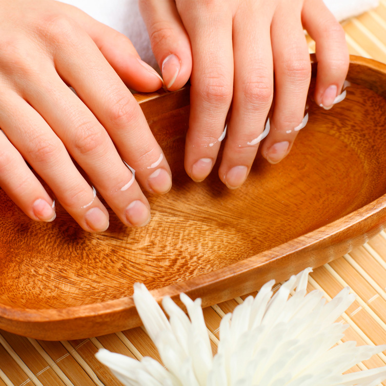 Красивые ногти – украшение каждой девушки
